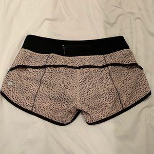 Lululemon Speed Shorts 2.5in